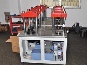 无锡新路达恒加载压力机(生产中产品)
